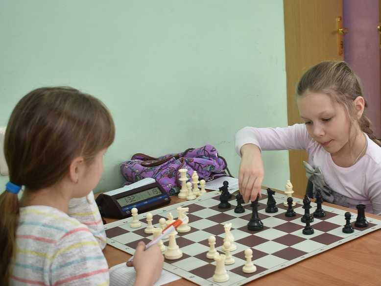Надо ли вообще учить детей шахматам?