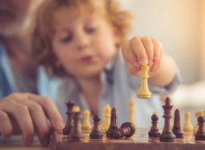 Учим детей играть в шахматы