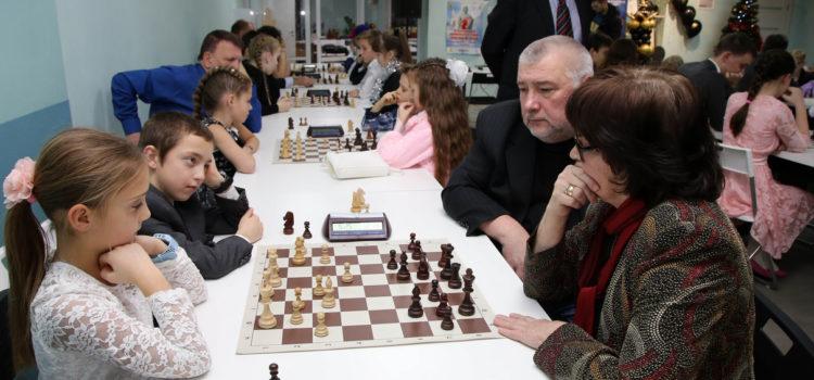 Новогодний шахматный бал и Рождественские турниры для детей